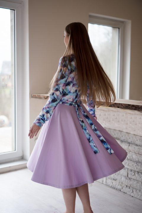 """Midi ilgio suknelė ,,Alyvinė mozaika"""""""