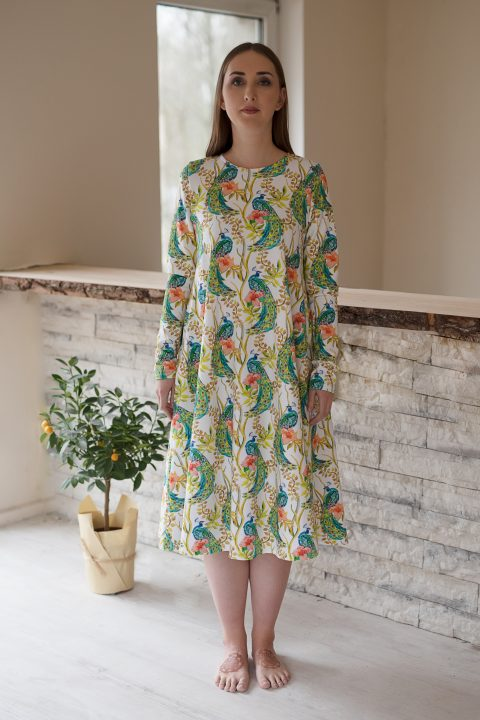 """Platėjanti suknelė ,,Povai"""""""